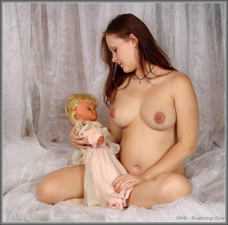 Фото голых кормящих матерей